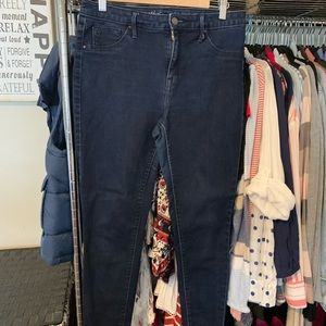 Mossimo Jegging slightly used